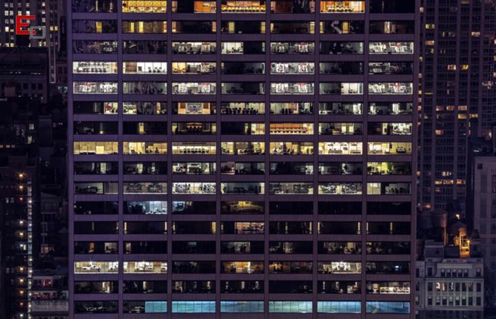 Mejorar la iluminación de la oficina para aumentar la productividad