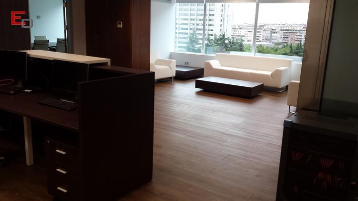 Decoraci n de oficinas y locales servicios reformas de oficina en madrid espacios de - Servicio de decoracion de interiores ...